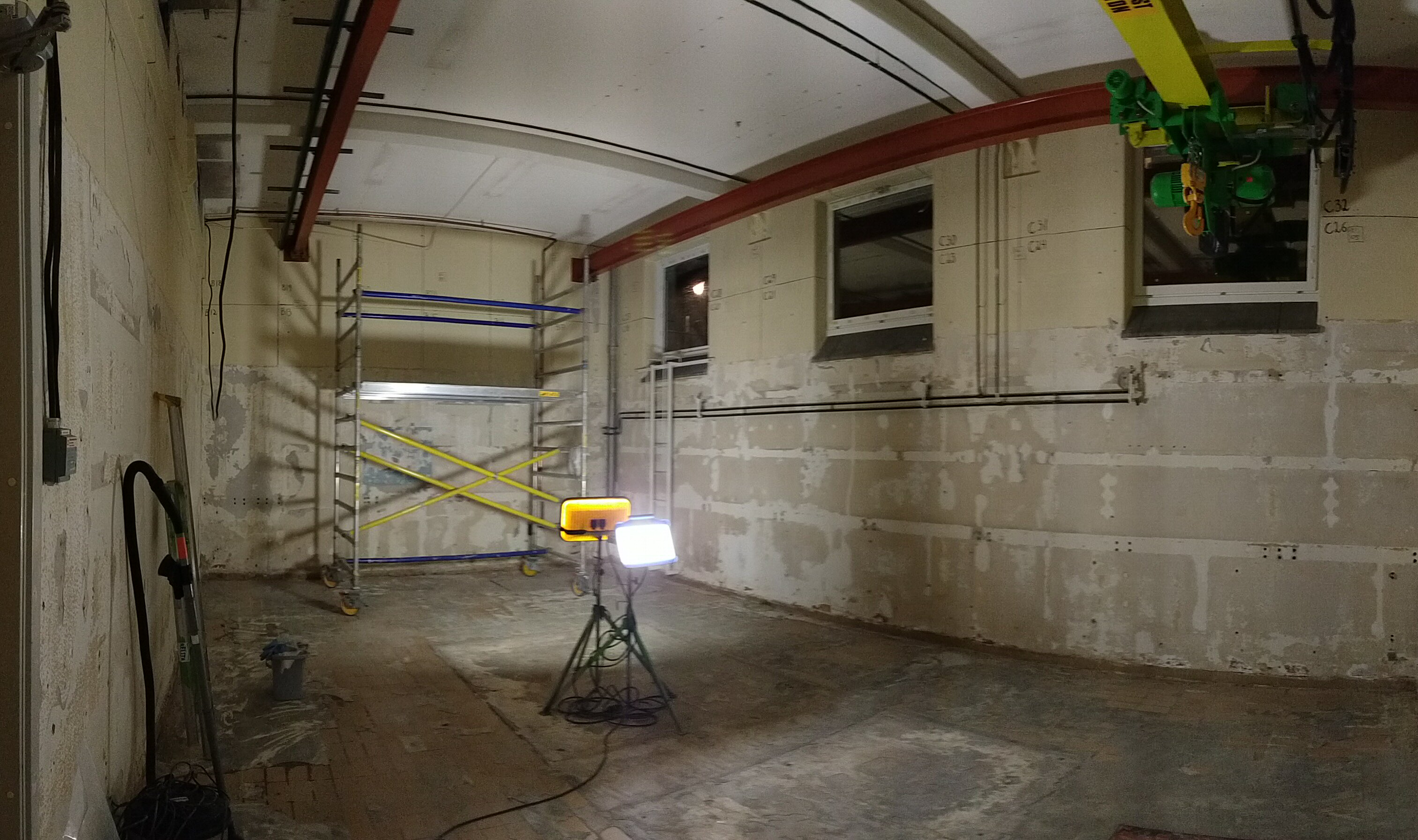 Radiochemistry laboratory emptied into bare concrete, photo from january 2019.